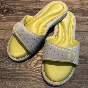 Nike comfort footbed slides